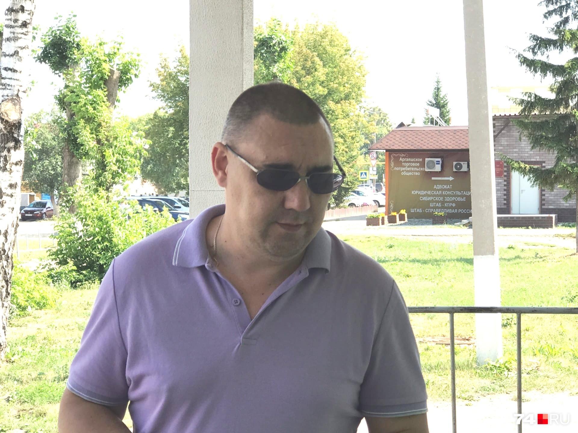 Анатолий Лавров старается бывать на каждом заседании