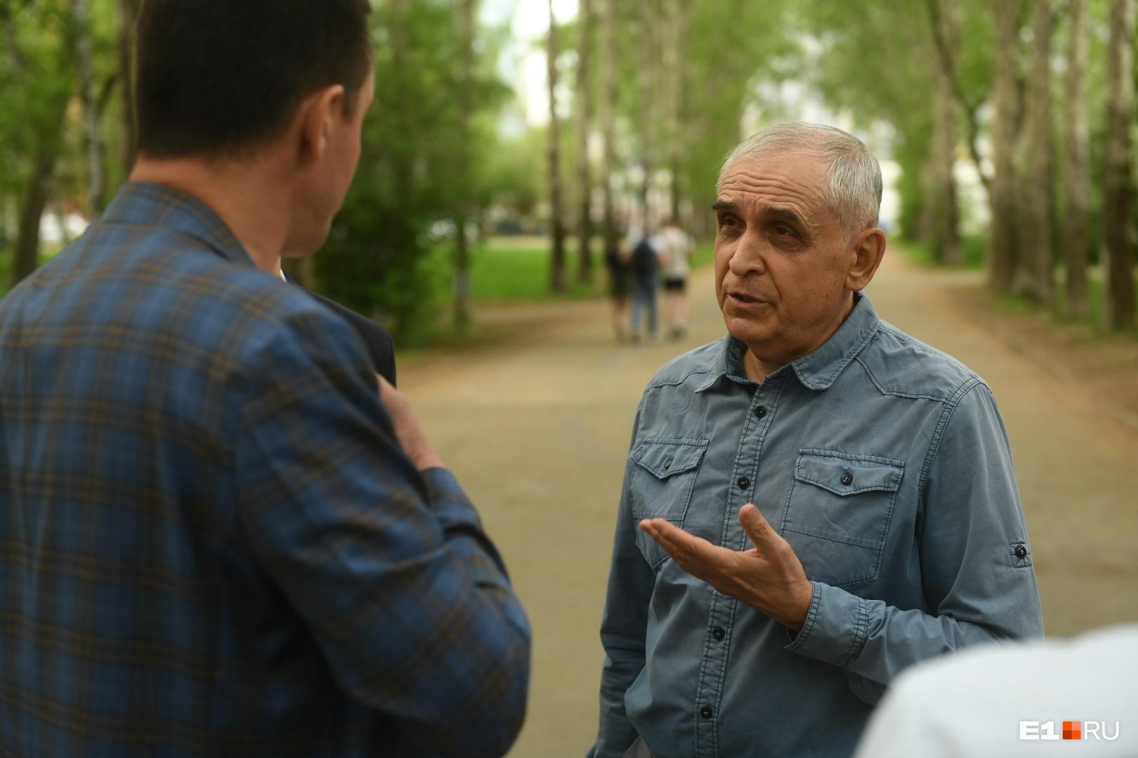 Виктор Сёмин просит, чтобы к диалогу жителей с подрядчиком присоединились и представители мэрии