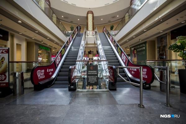 Некоторые арендаторы в торговых центрах не смогли пережить месяцы простоя — они свернули работу сразу после повторного открытия ТРЦ