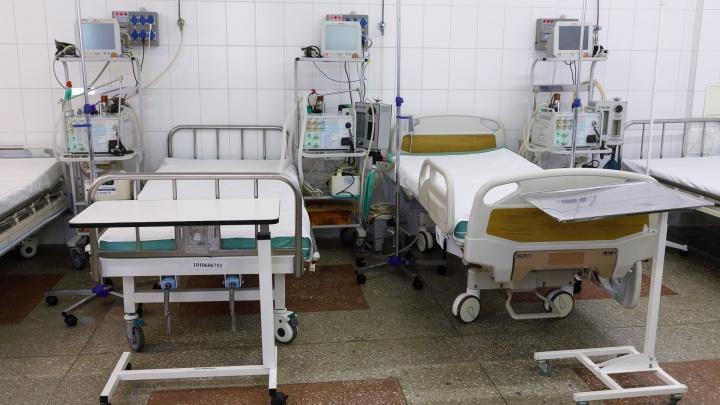Поступил с пневмонией: девятым умершим пациентом с коронавирусной инфекцией стал 83-летний пенсионер