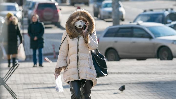 Роспотребнадзор заявил о мутации коронавируса в Сибири