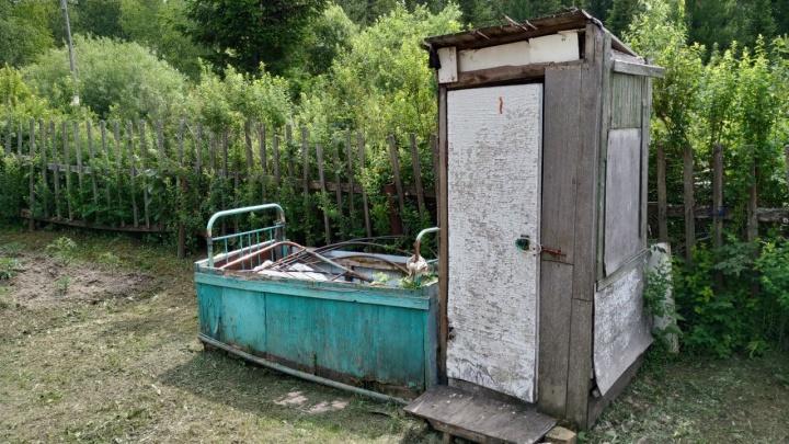 В Минусинске взорвался септик. Пострадал мужчина