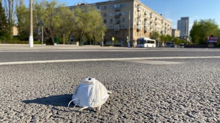 «Это не медицинские отходы»: жилинспекция рассказала, как правильно утилизировать использованные маски