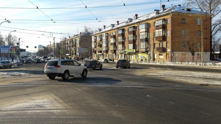 «Застраивать, а не консервировать»: мэрия — о том, зачем нужны высотки в историческом центре Уралмаша