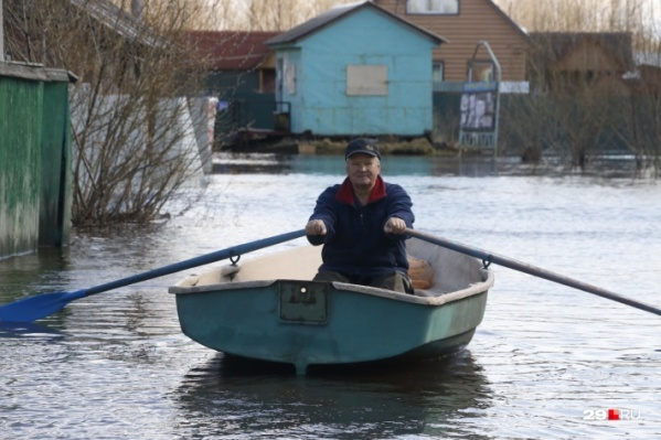 В первую очередь эксперт рекомендует подготовиться к подтоплению (уже в третий раз за эту весну) жителям острова Краснофлотский