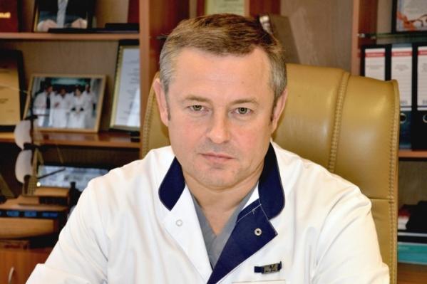 Вячеслав Коробка считает, что пока еще рано снимать ограничения, так как коронавирус еще полностью не показал себя