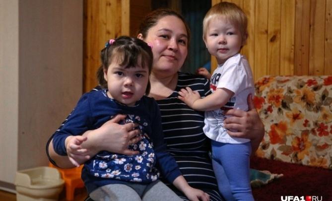 Стало известно, что будет со смертельно больными детьми из Уфы, которых отказались бесплатно лечить в России