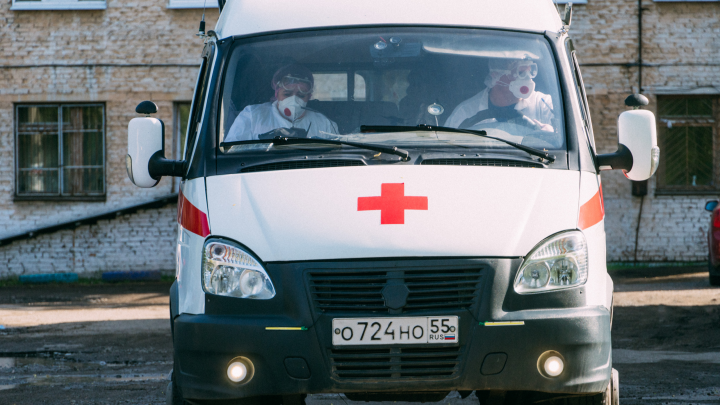 За сутки новых больных коронавирусной инфекцией обнаружили в Омске и двух районах