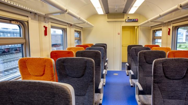 Пригородные поезда на Северной железной дороге оборудовали санитайзерами