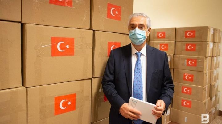 Турецкая компания подарила больницам Башкирии медицинские костюмы и халаты на 6 миллионов рублей