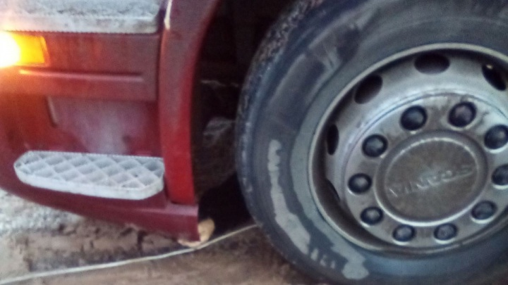 В Самарской области тягач раздавил пешехода