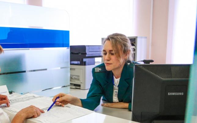 На Южном Урале во время пандемии COVID-19 налоговики возобновляют приём посетителей. Как записаться