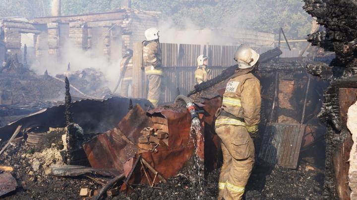Сгорели 10 домов: виновнику крупного пожара в Запанском грозит уголовная ответственность