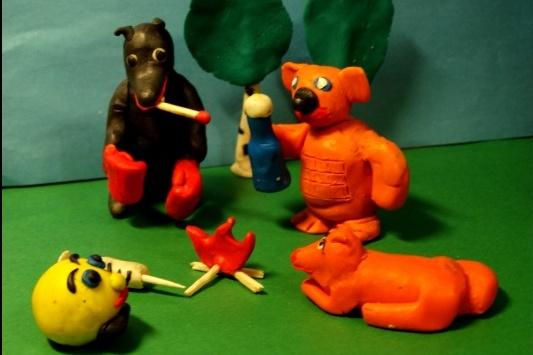 Заключённые в Курганской области сделали мультфильм, в котором пластилиновый Колобок с зависимостью от запрещённых веществ попадает в колонию