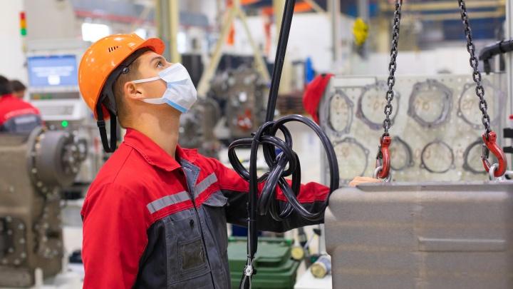 Ждут как опытных рабочих, так и молодежь: Ростсельмаш открыл сразу 120вакансий