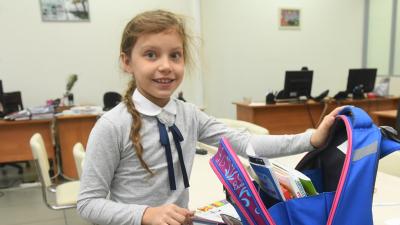 Выкинуть или оставить: какой школьный портфель не навредит ребёнку