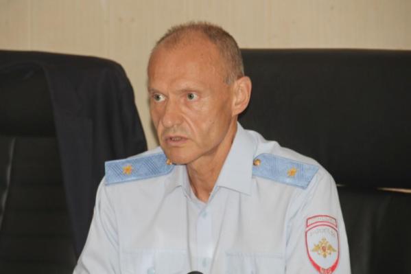 После работы в Екатеринбурге Игорь Трифонов возглавлял МВД Карачаево-Черкесии до 2019 года, а затем был отправлен в отставку президентом
