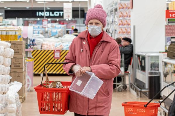 Во время пандемии коронавируса пожилые люди в зоне риска