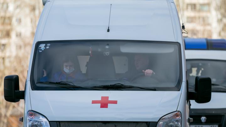 Водители неотложной помощи из Пинеги пожаловались на отказ выплатить надбавки по коронавирусу