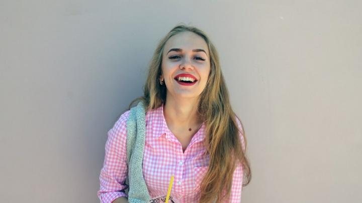 «Я по жизни авантюристка»: победительница голосования конкурса «Мисс Офис» рассказала о себе