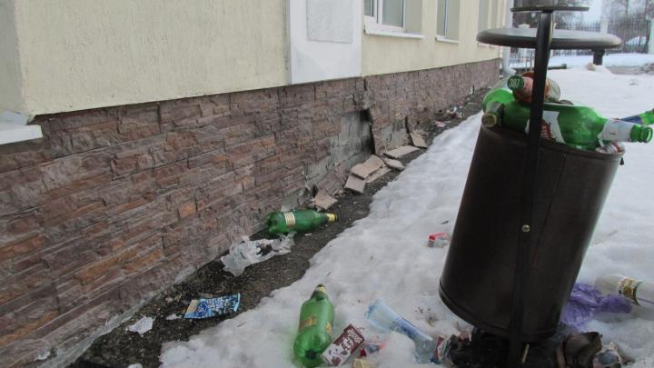Пермский Чистомэн рассказал о некачественном ремонте детского центра «Мотовилиха»