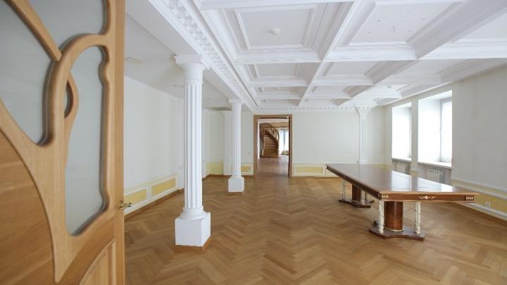 Больше коттеджей: как выглядит самая большая квартира в Красноярске