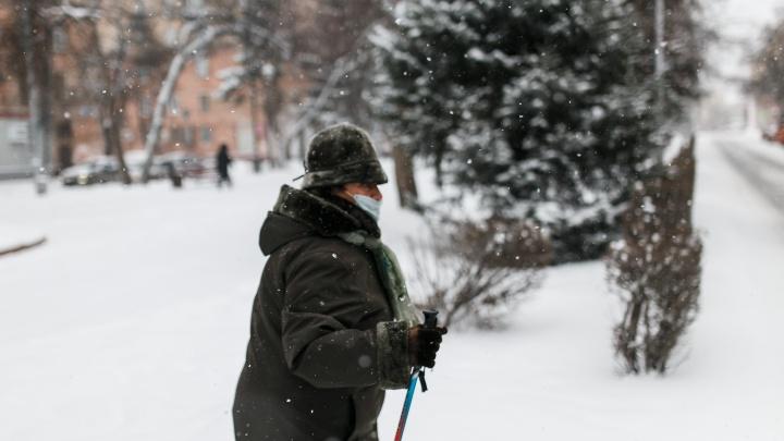 Кузбасский врач рассказал, когда власти могут отменить коронавирусные ограничения