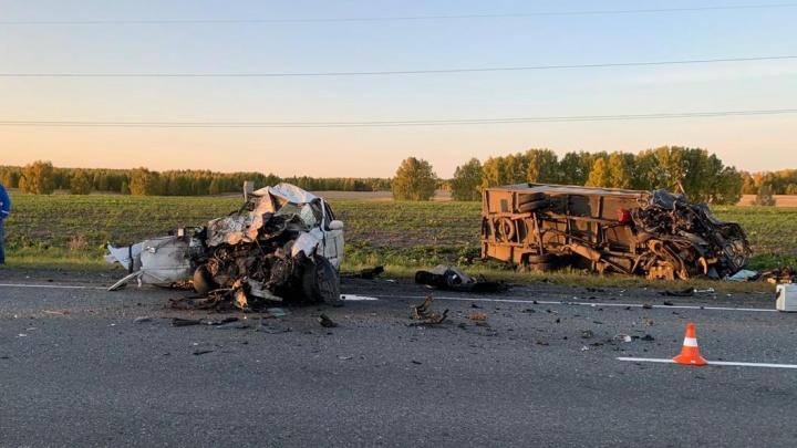 На трассе «Иртыш» в Зауралье произошла авария с двумя погибшими