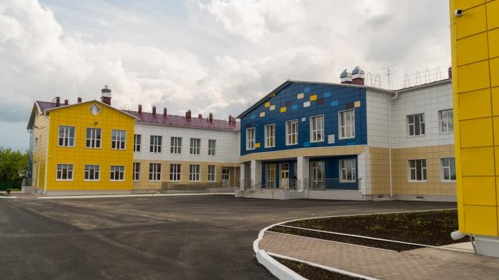 В Щучьем Озере протекает крыша школы, которую открыли год назад