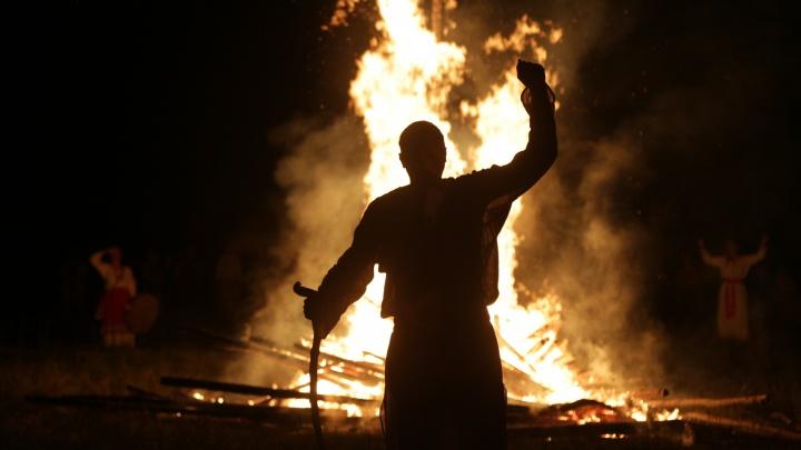 Burning Man по-омски: как прошёл День Перуна в деревне Окунево