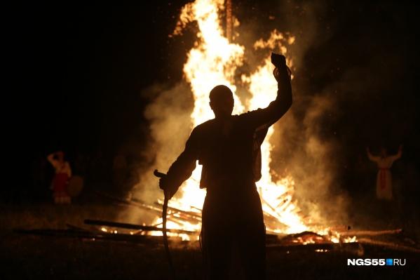 День Перуна отмечается 20 июня, но поскольку выходные в этом году выпали на другую дату, в Окунево его отметили раньше