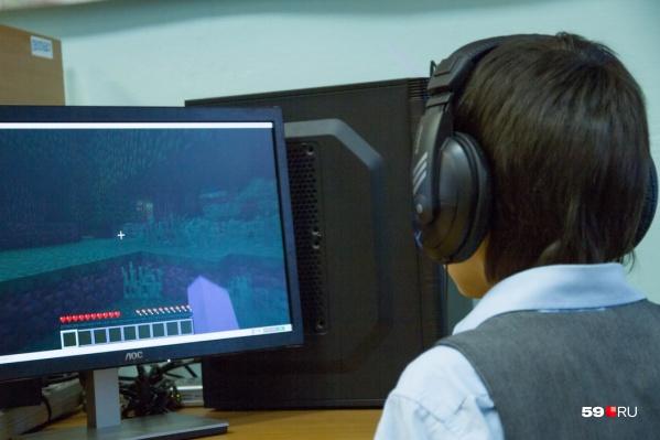 Школьники мало двигаются и часто сидят за компьютером