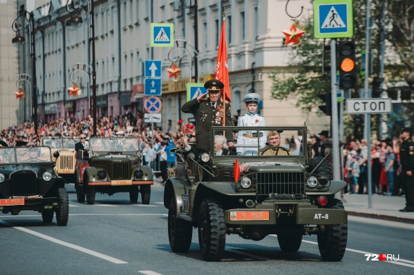 В прошлом году на празднование Дня Победы пришли тысячи людей. Пустят ли в этом году зрителей — пока неизвестно