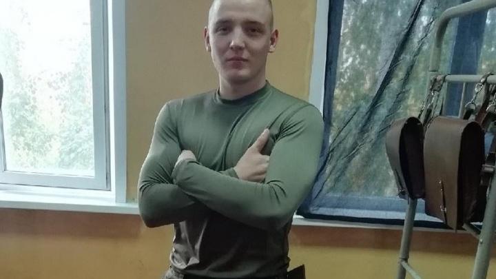«Мы не должны были их таскать»: срочник из ЧВВАКУШа при разгрузке огнетушителей получил ожоги глаз