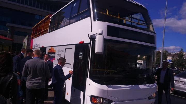 Как в Лондоне: в Уфе протестировали двухэтажные туристические автобусы