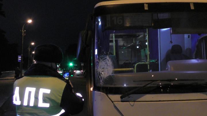 В Каменске-Уральском автобус сбил пешехода