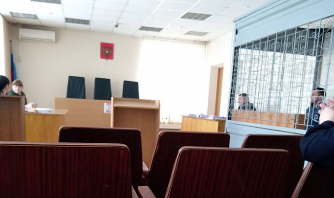 Получавшей к 8 Марта «подарки» от бизнесменов завврачу поликлиники № 7 продлили арест на 2 месяца