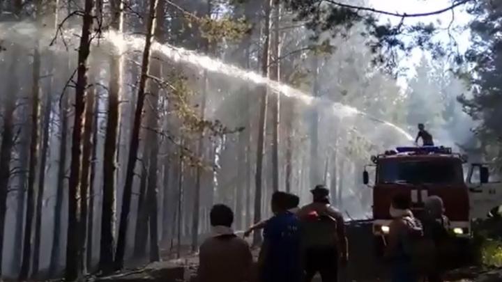 Пожарные Башкирии показали, как тушат пламя в лесах Белорецкого района