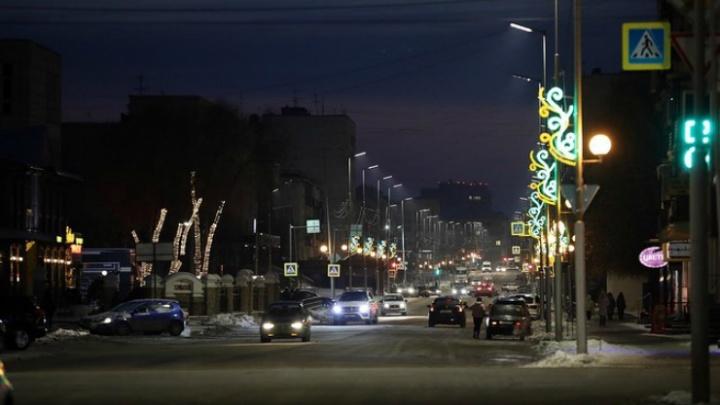 Губернатор Зауралья пообещал, что в Кургане построят новые линии освещения