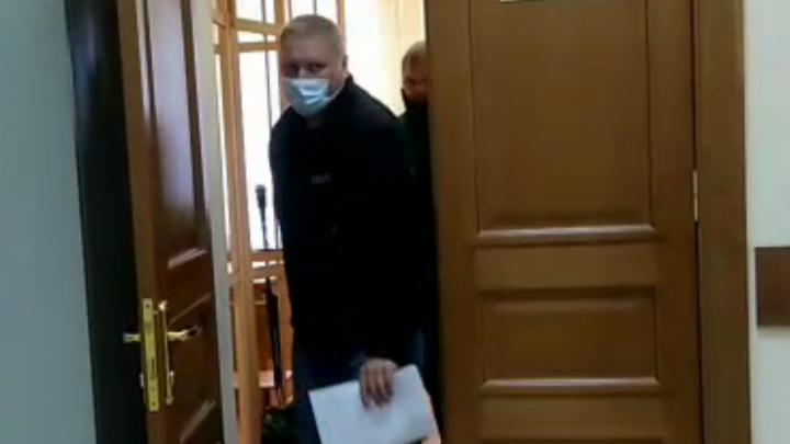Задержанного в Ярославле начальника тыла полиции отпустили домой