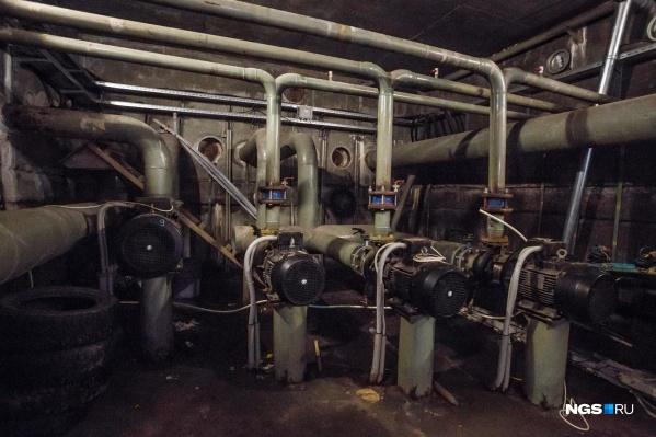 Проблемы с подачей горячей воды в большинстве случаев решает управляющая компания