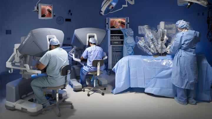 Хирурги «Анадолу» вот уже 10 лет проводят сложные операции с помощью роботов