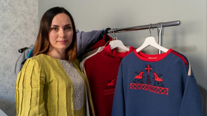 Маленький, но гордый бизнес: семья из Архангельска сдала своё золото, чтобы запустить бренд одежды
