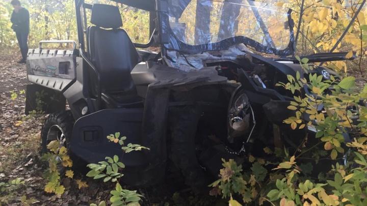 В Самарской области водитель квадроцикла протаранил дерево