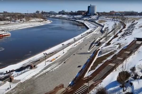 Новый мост появится между двумя уже существующими автомобильными — Профсоюзным и Челюскинцев