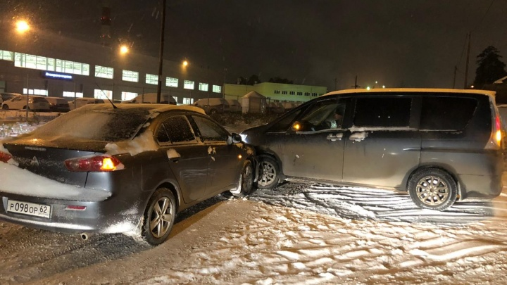 «Подставлялся под машины»: нашлись новые пострадавшие в ДТП с подозрительным Nissan