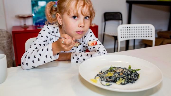 Праздник не отменяется: готовим семейный обед в новых условиях