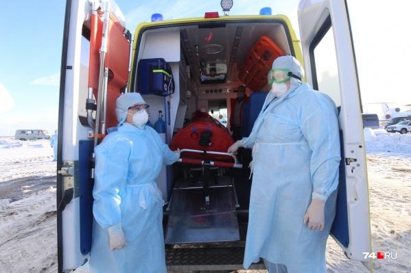 Мужчина прилетел из Испании и был госпитализирован