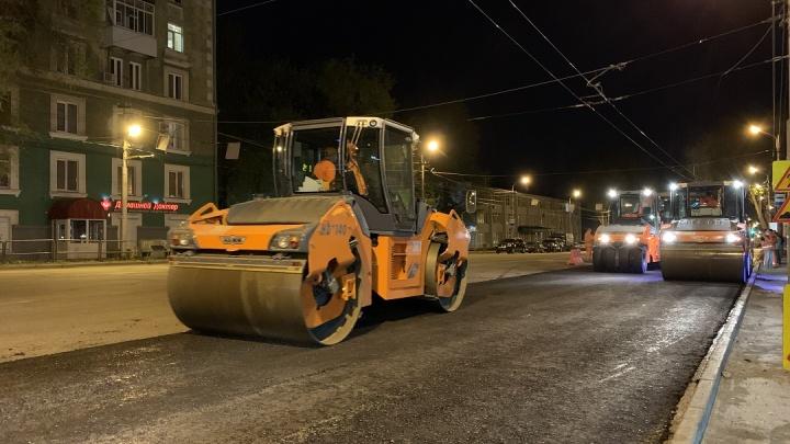 Улицу Мичурина избавят от ям и пробок до конца октября