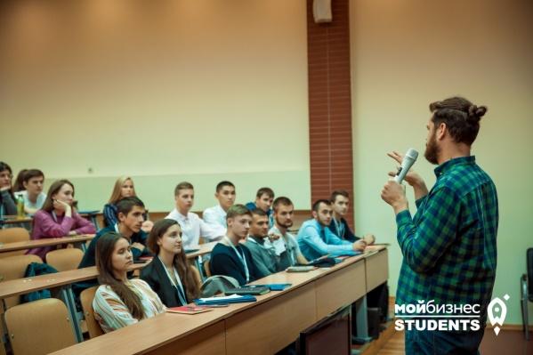 Согласно рейтингу РА «Эксперт» 2020 года, НГУЭУ занимает 14-е место в России по качеству бизнес-образования